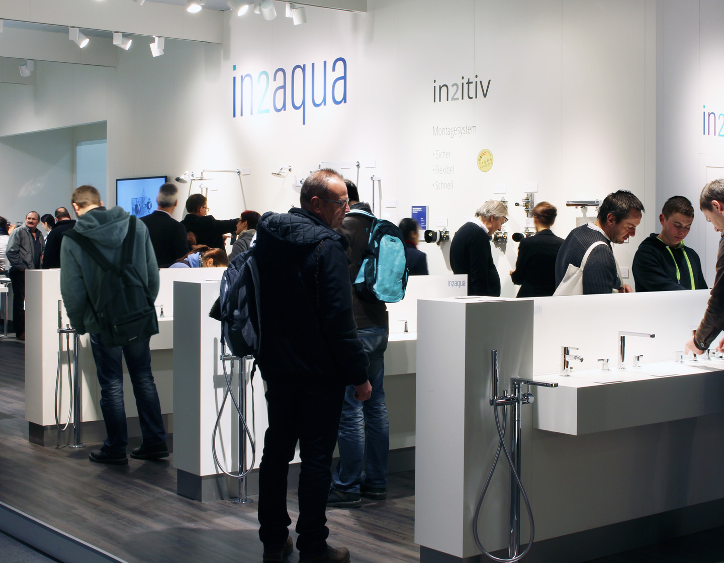 in2aqua amaturen bathroom messestand